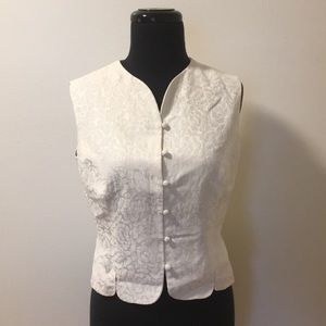Beautiful Vintage white silk and linen waistcoat